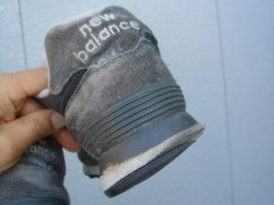 靴の外側が減る