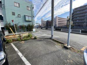 横浜駅整骨院駐車場